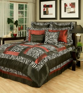 Jungle Passage Comforter Set